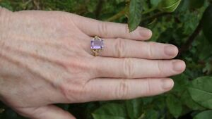 VINTAGE 💖💖 Large Lavender Amethyst Yellow Solid Gold 375 9ct Ring Feature Sldr