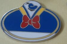 Donald Duck - Cast Exclusive - What's My Name Badge Disney Pin