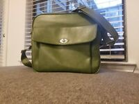 Vintage Samsonite Silhouette Rare Green Overnight Carry-On Luggage Bag/Tote