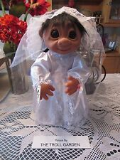 "GIANT LIVVY STYLE BRIDE w/ HANG TAG - 17"" Dam Troll Doll - NEW"