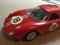FERRARI 250 Le Mans 1/12 filoguidé paya en boite longueur 40 cm