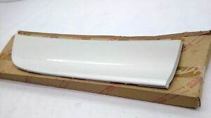 TOYOTA RH REAR DOOR MOULDING 75741-50040-A2 Lexus  LS430  2003-2006