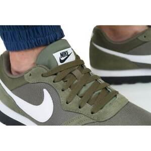 Nike Men's Md Runner 2 Gymnastics Shoes 749794204 OLIVE GREEN Lightwt Cushioning
