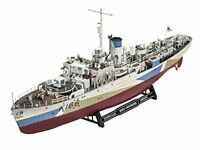 Revell Revell05132 43.9 cm  HMCS Snowberry  Model Kit