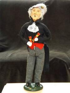 Byers Choice Man Caroler 1997 with Crackers Limited Edition 85/100