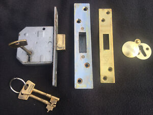 Chubb 5 Lever Mortice Deadlock Brass 3 Keys