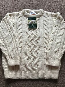 Childs Cream 100% Wool Traditional Cable Knit Aran Jumper 26 Chest Age 6/7 Years