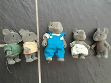 RARE SYLVANIAN FAMILIES RARE VINTAGE GREY MOUSE FAMILY 1 ADULT & 4 CHILDREN RARE