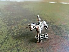 More details for vintage metal show jumping equestrian equine horse pin distressed brooch badge