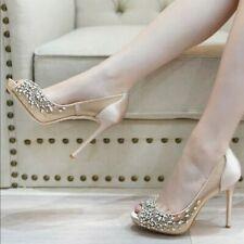 Badgley Mischka Pepper Peep Toe Platform Heel Crystal Bridal Pump Latte Satin 10