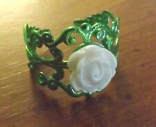 bague filigrane verte réglable adulte rose beige diamètre 9 mm