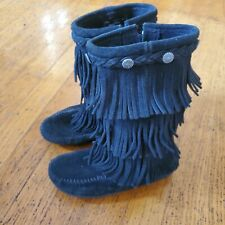 Minnetonka boots Girls Size 1 Black