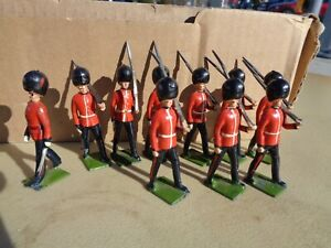 vintage BRITAINS set 1515, Lead Toy Soldiers Coldstream Guards lot of 10, 1937
