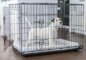 """Lucky Dog Indoor pet kennel double door training crate 22""""L •New•"""