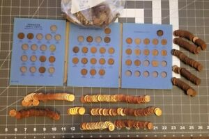 Lot of 750+ Canadian Copper Penny 1920's & Up Estate Collection