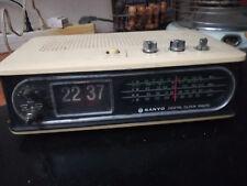 RADIOSVEGLIA OROLOGIO A CARTELLINI VINTAGE  SANYO MODEL RM 8400