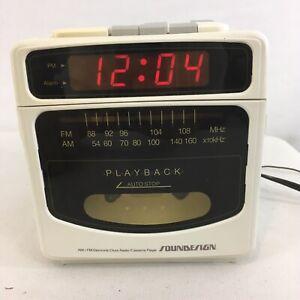 Vtg 80s Soundesign Model 3833 AM FM Cassette Player Alarm Clock