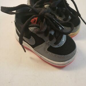 Nike Air Force 1 Toddler Size 2c New But One Outsole Is Yellowing.