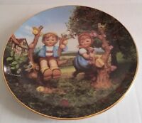 MJ Hummel Apple Tree Boy & Girl Collectors Plate Danbury Mint. O