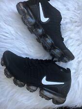 Nike Air Vapormax Flyknit 2  942842-001 Mens Size 6.5 - Women's Sz 8 NEW