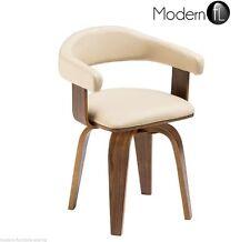 Moderne Möbel aus Holzfurnier fürs Wohnzimmer