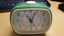 RETRO DESIGN FUNKY ALARM CLOCK GREEN