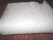 Pottery Barn Pucker Up Comforter, Full Queen, White, New