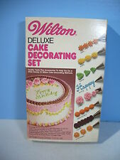 Wilton Cake Decorating Kit 19 Pieces Vintage 1981 Food Color Tips Book Beginner