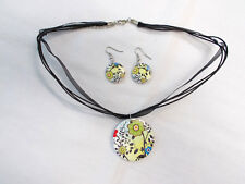 LIME GREEN w BLUE & RED FLORAL WOOD PENDANT BLACK RIBBON NECKLACE & EARRINGS SET