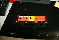 Southern bay Window caboose ho scale Athearn RTR