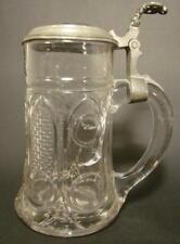 """Bierkrug """"Zur Erinnerung"""", 19.Jh. Modelgeblasenes Glas. Porzellaneinsatz."""