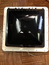 """NEW RV CAMPER MOTORHOME BUS FIFTH WHEEL HENGS ROOF VENT BLACK 14"""" X 14"""" WITH FAN"""