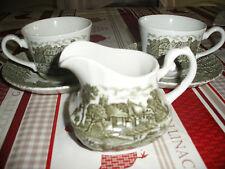 """Ensemble deux tasses, sous-tasses et pot à lait """"Shakespeares country"""""""