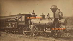 LEAVENWORTH, Tx - Kansas Central RR locomotive  No 287 in 1900