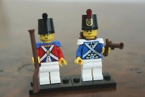 1x Lego Minifig British or French Soldier Muscat Imperial Guard Plume Pirate