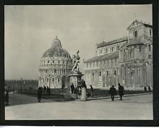 Italie, baptistère de Pise Vintage silver print,  Tirage argentique  9x12