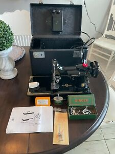 1951 vintage singer featherweight 221 sewing machine