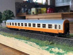 Arnold Spur N HN4033A Städteexpresswagen Bme 2. Klasse DR