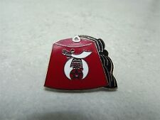 """FEZ"" SHRINE MASONIC MASON RED ENAMEL LAPEL / HAT PIN BRAND NEW"