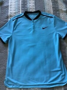 NIKE DRI FIT SIZE XLARGE BLUE WITH BLACK TRIM 3 BUTTON CREW NECK EXCELLENT!