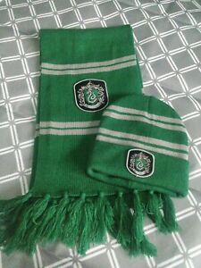 Official Harry Potter ,Wizarding World Slytherin Scarf and Wooly Hat