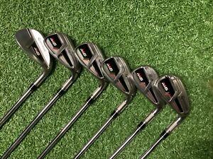 Taylormade M6 Iron Set 6-SW Regular Shafts Superstroke  Grips