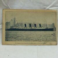 Vintage Postcard Steamship Mauretania Scene New York Harbor 1908