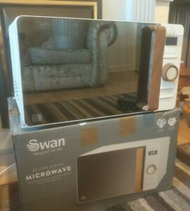 Swan 20 Litre Nordic Digital Microwave - 800W - 6 Power Levels - Defrost - White