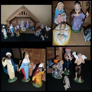 Vtg Italian Plastic Nativity Figures & Rose Wood Manger Stable Christmas Decor