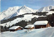 B50324 Vieux chalets sous laneige et de masif du Mont blanc  france