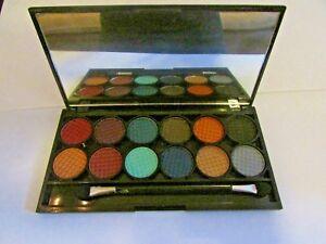 Sleek ~ i Divine ~ Jewels ~ Eyeshadow Palette ~ 579 ~ 100% Genuine ~ new/sealed