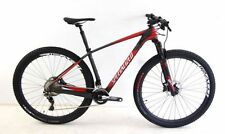 Mountain-Bikes mit hydraulischer Scheibenbremse M