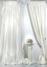Gardinen & Vorhänge aus Satin fürs Schlafzimmer