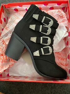 Therapy Western Buckle Black Boots Size 10 BNIB